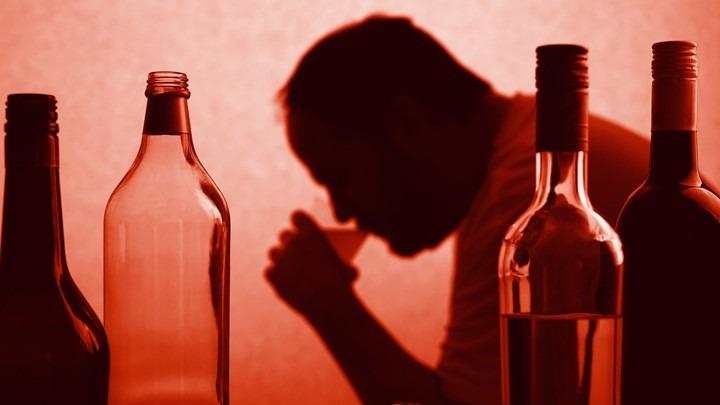 https://psilocybinetherapienederland.nl/wp-content/uploads/2019/11/Alcoholisme.jpg